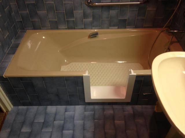 Ouverture de baignoire simple