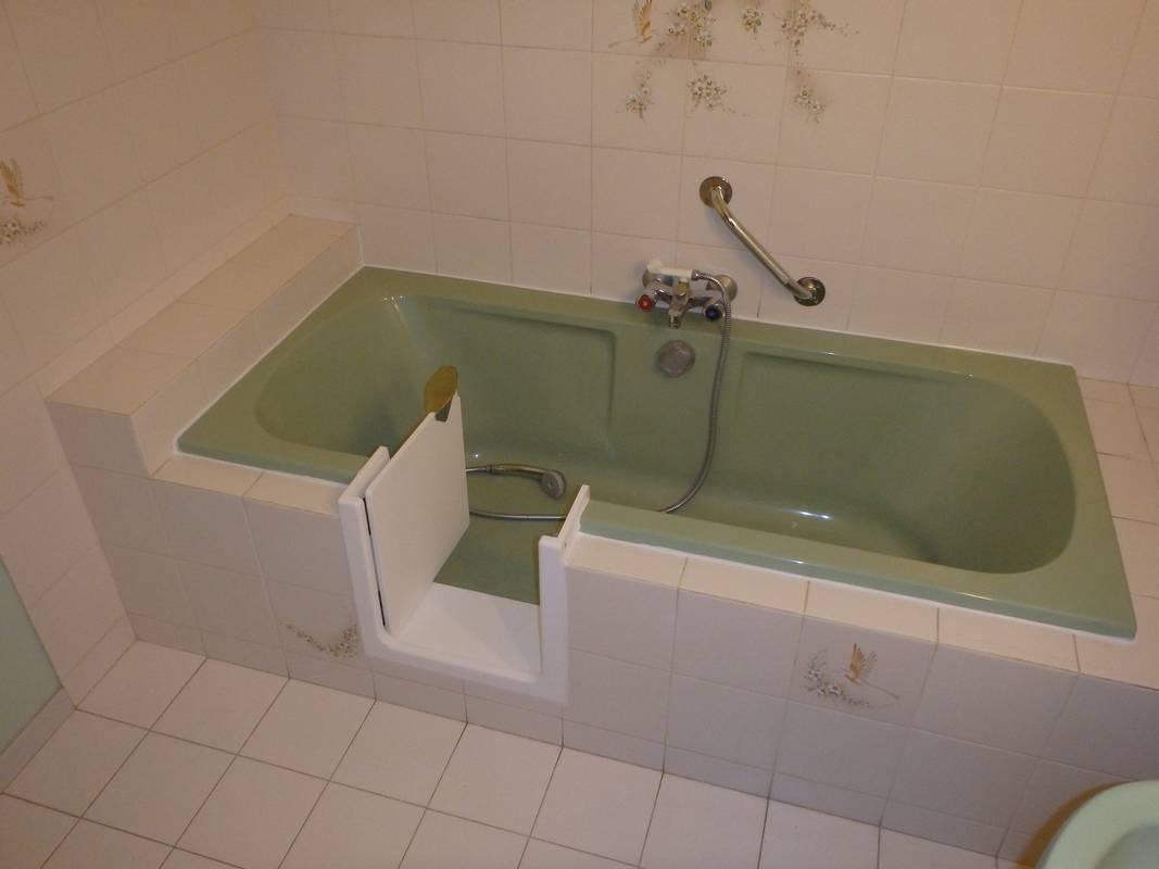 ouverture latérale de baignoire sur bordeaux