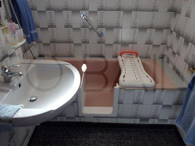 Ouverture latérale de baignoire par Sobain By Renovbain sur Saintes