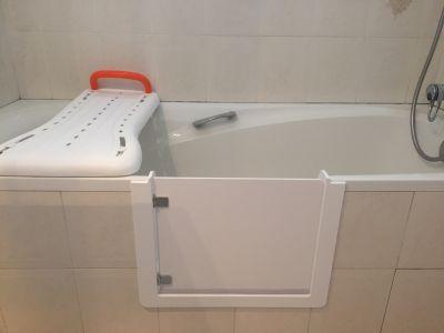 baignore avec portillon anti eclaboussure