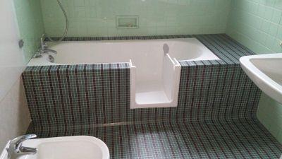 Ouverture de votre baignoire avec porte étanche  !